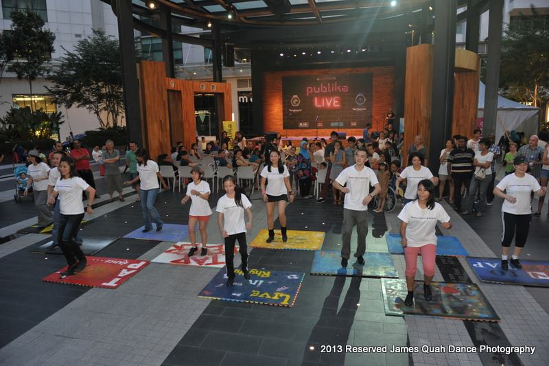 It was evening when the flash mob arrived at Publika!